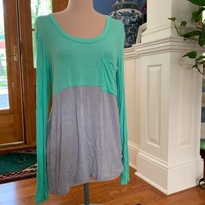 Anthro Bordeaux Turquoise Soft Long Sleeve sz M